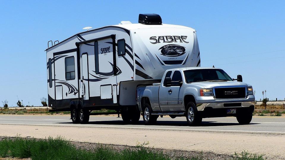Consejos para llevar tu caravana en un 4x4