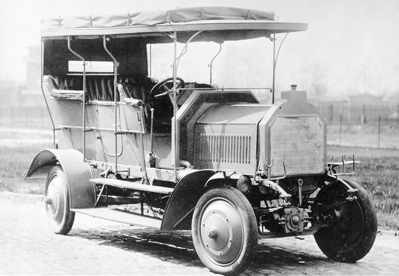 ¿Quién inventó el primer 4x4 de la Historia?