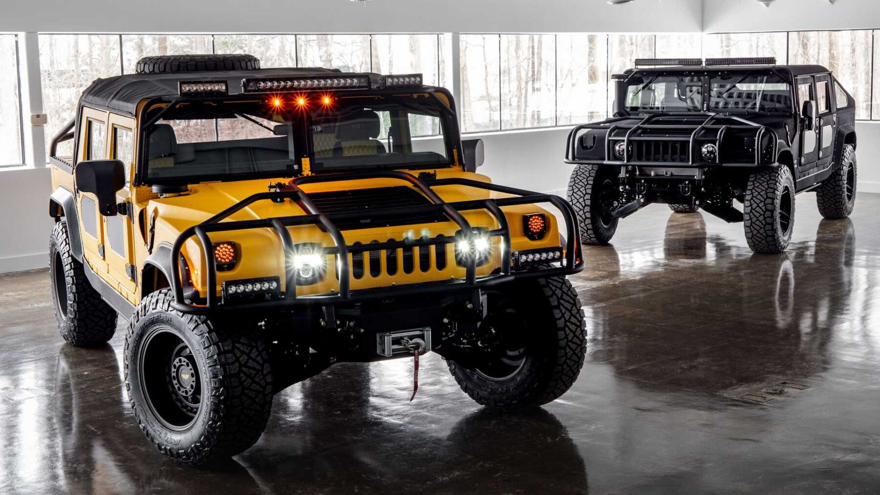 Hummer-M1-R