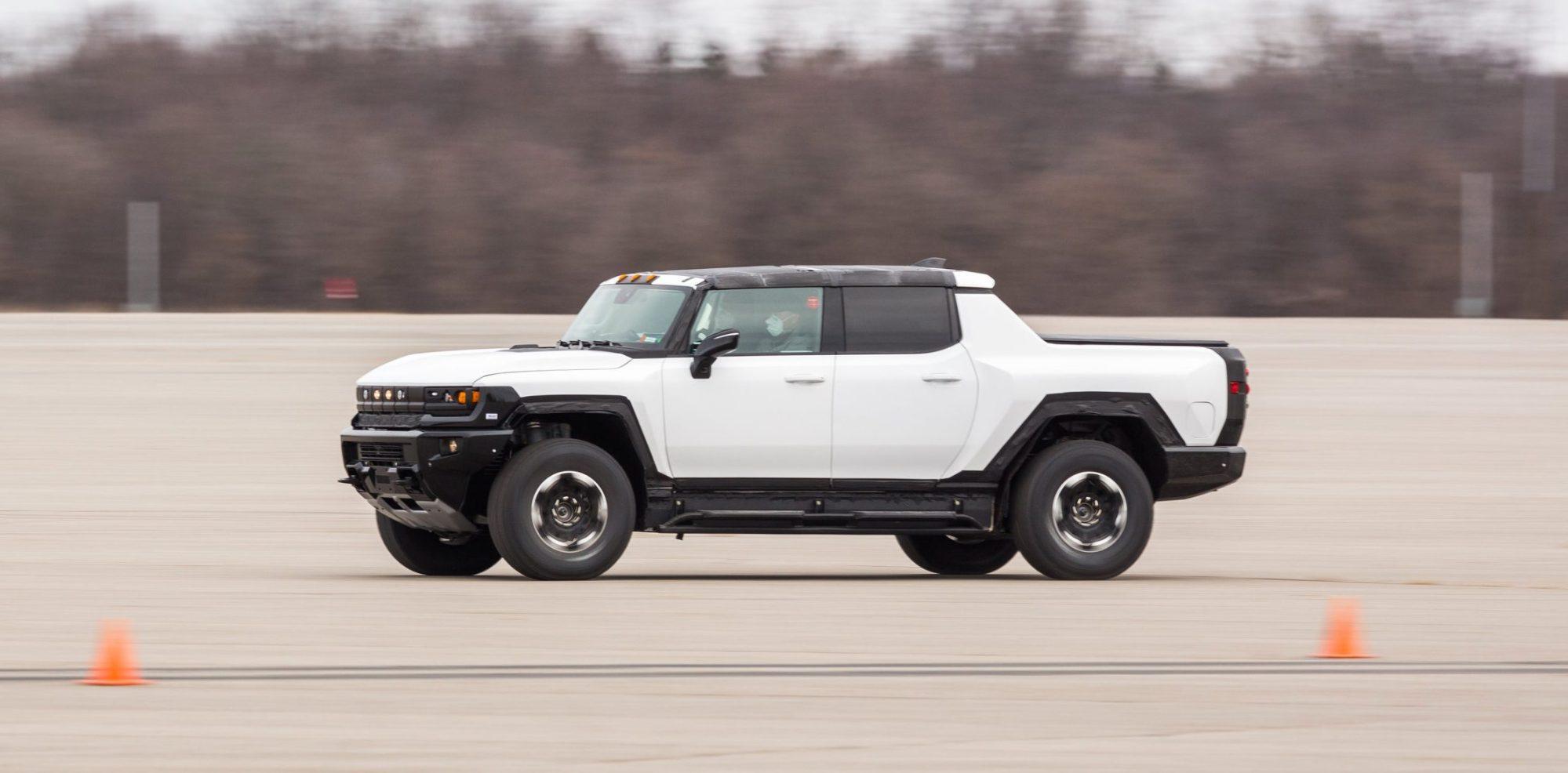 GMC-Hummer-EV