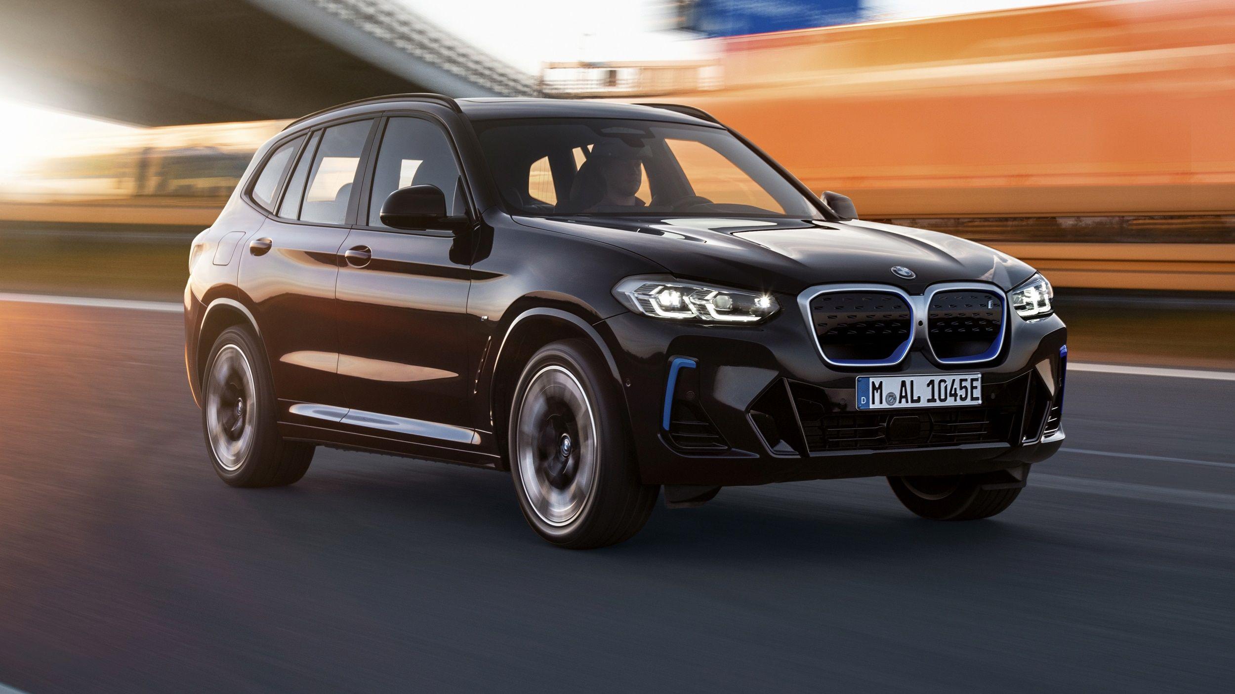 BMW-iX3-2022